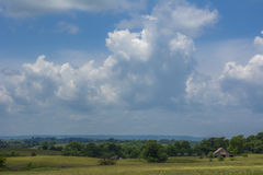 Rolling Hills in Summer with Barn Royalty Free Stock Photo