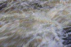Rolling water nuttig als textuur royalty-vrije stock afbeeldingen