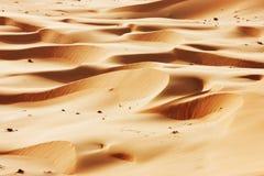 Rolling zandduinen van de Arabische woestijn Stock Foto