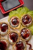Rollo caliente de la comida japonesa Fotografía de archivo libre de regalías