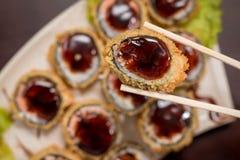 Rollo caliente de la comida japonesa Foto de archivo