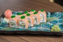 Rollo de los salmones con queso suave Imagen de archivo