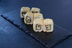 Rollo de sushi con Comida japonesa 9 Foto de archivo