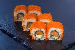 Rollo de sushi con Comida japonesa 13 Fotos de archivo