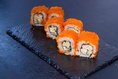 Rollo de sushi con Comida japonesa 16 Fotografía de archivo libre de regalías