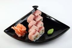 Rollo de sushi con el atún Fotos de archivo