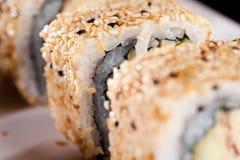 Rollo de sushi de California Fotografía de archivo libre de regalías