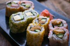 Rollo de sushi delicioso imagen de archivo