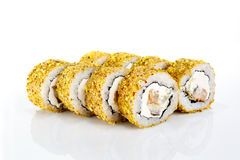 Rollo de sushi en el fondo blanco Foto de archivo libre de regalías