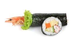 Rollo de sushi y rollo de sushi del tempura del camarón Foto de archivo libre de regalías