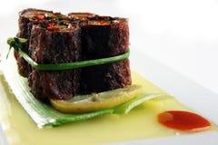 Rollo vegetariano en la hoja del bambool Imagen de archivo libre de regalías