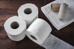 Rollos de retrete de papel Imagen de archivo libre de regalías