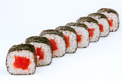 Rollos de sushi con los pescados de atún Imagen de archivo libre de regalías