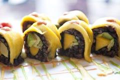 Rollos de sushi de las verduras Imagen de archivo libre de regalías