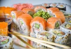 Rollos de sushi fijados Foto de archivo