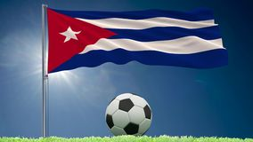 Rollos el agitar y del fútbol de la bandera de Cuba ilustración del vector