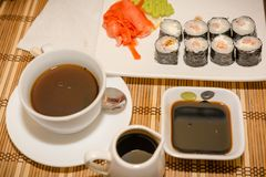 Rolls в кафе на таблице Стоковые Фото