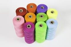 Rolls красочной веревочки полиэстера Стоковая Фотография