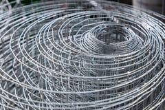Rolls пластичных ячеистых сетей мелкоячеистой сетки, алюминиевых ячеистых сетей, и Стоковое Фото
