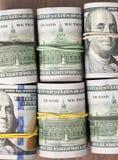 Rolls 100 счетов доллара США Стоковая Фотография RF
