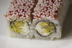 Rolls con insalata ed il pesce Immagini Stock