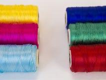 Rolls de fil avec des couleurs de CMYK et de RVB Photographie stock
