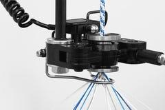 Rolls de tissu de coton industriel pour la fabrication de textile de tissu d'habillement sur la machine Photos libres de droits