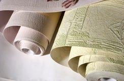 Rolls de un papel pintado imagen de archivo