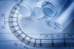 Rolls dei disegni di costruzione che costruiscono e Fotografia Stock