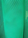 Rolls della maglia di plastica del recinto fotografia stock
