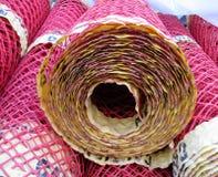 Rolls della maglia di plastica riutilizzabile del recinto Fotografie Stock Libere da Diritti