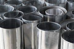Rolls delle lamine di metallo galvanizzate piano Fotografia Stock Libera da Diritti