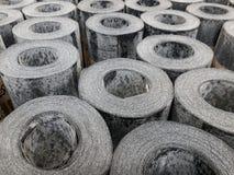Rolls des Imprägnierungsmaterials am Markt Stockfotografie