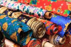 Rolls do bedsheet de seda fotografia de stock royalty free