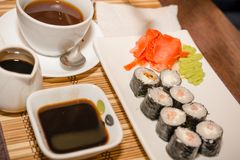 Rolls em um café na tabela Imagens de Stock