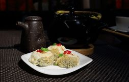 Rolls i den japanska restaurangen royaltyfri bild