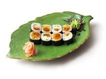 Rolls mit Aal, Kaviar, Tofu und Gurke Lizenzfreie Stockfotografie