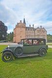 Rolls Royce 1929 au château de Brodie. Images libres de droits