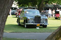 Rolls-Royce Phantom V - Concours-dÂ'elegance PieÅ ¡ Å¥any, Slowakije stock foto