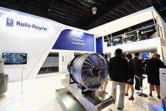 Rolls Royce som ställer ut dess nya Trent XWB motor som betyds för flygbussen A350 XWB på Singapore Airshow Royaltyfria Foton