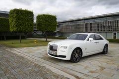 Rolls Royce spöke framme av den Goodwood växten på Augusti 11, 2016 i Westhampnett, Förenade kungariket Royaltyfri Fotografi