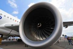 Rolls Royce Trent XWB motor som driver flygbussen A350-900 XWB på Singapore Airshow Fotografering för Bildbyråer