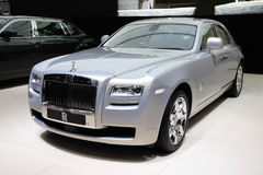 Rolls- Roycegeist-Silber an der Paris-Autoausstellung Stockfoto