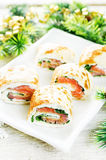 Rolls with salmon, spinach and cream cheese Royalty Free Stock Photos