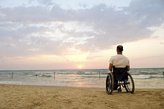 Rollstuhl-Sonnenuntergang Stockfoto