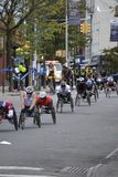 Rollstuhlrennläufer in New-York-City-Marathon 2014 Lizenzfreie Stockfotografie