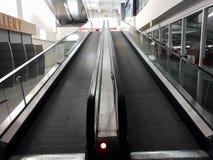Rolltreppe in der Handels-Mitte CGV Bekasi lizenzfreies stockfoto
