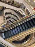 Rolltreppen in Westfield-Mall Stockfoto