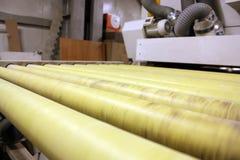 Rolmachine voor hout Stock Foto
