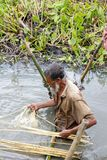 Rolnicy pracują w polu zdjęcie stock